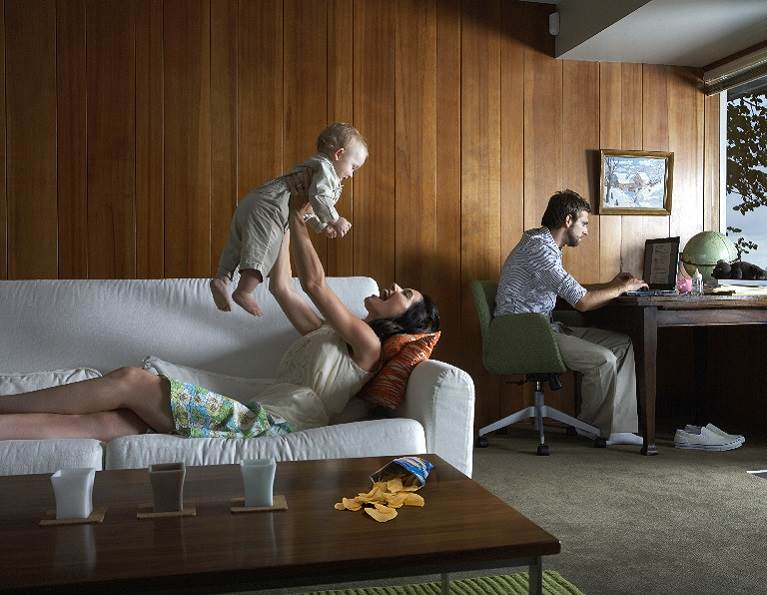 Living Room with Wood Paneling Assembled with RAKOLL® Woodworking Adhesives